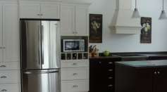 Wood Kitchen Cabinetry